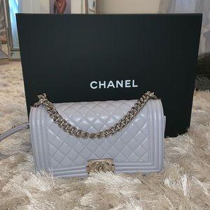 Med Chanel boy bag LIGHT GREY